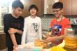 Nam sinh lớp 7 bán bánh góp tiền mua khẩu trang tặng bác sĩ chống Covid-19