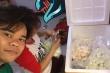 Diễn viên Lê Khâm: 'Tôi bán sữa chua, nhiều lần khóc khi bị bom hàng'