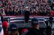 Ảnh: Ông Trump gặp nhiều người, dự loạt sự kiện trước khi mắc COVID-19