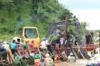 Vỡ đê bao ở Đắk Lắk: Nước mắt hòa chung nước lũ