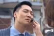 'Hương vị tình thân' tập 33: Tưởng được Nam hôn, Long suýt bị cua kẹp miệng