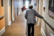 Chính phủ chống COVID-19 khác thường, người già Thụy Điển trả giá?