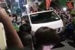 Video: Lực lượng chức năng mang tài liệu rời nhà ông Nguyễn Đức Chung