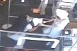 Video: Nhắc người khác đeo khẩu trang, bị đẩy ngã gãy xương
