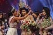 Hoa hậu bị giật vương miện khỏi đầu ngay khi đăng quang