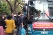 Video: 'Chuyến xe yêu thương' chở hàng trăm bệnh nhân nghèo về quê đón Tết