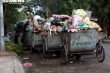 Công ty vệ sinh hứa dọn sạch 500 tấn rác ùn ứ ở Hà Nội trong ngày mai