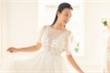 Vắng bạn trai Tây, Hoàng Oanh vẫn rạng rỡ khi đi thử váy cưới