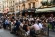 COVID-19: Pháp lo ngại dịch bùng phát trở lại trong mùa Hè