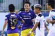 Video: Đạp thẳng bụng đối thủ, trung vệ tuyển Việt Nam may mắn thoát thẻ đỏ