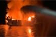 Hiện trường khủng khiếp vụ cháy tàu du lịch làm 8 người chết ở Mỹ