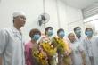 Vợ và con trai đón bệnh nhân Li Ding xuất viện, xúc động cảm ơn bác sĩ Việt Nam