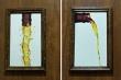 Bật cười xem loạt biển chỉ dẫn vào nhà vệ sinh cực 'bá đạo'