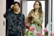 Angelina Jolie đi ăn với Pax Thiên khi vừa trở về từ Hàn Quốc