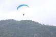 Video: Gần 100 phi công dù lượn tranh tài trên đỉnh Phụng Hoàng Sơn