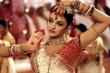 Aishwarya Rai - hoa hậu đẹp nhất thế giới và lễ cưới với cây