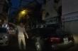 Clip: Đỗ xe ô tô chắn đường, bị nhắc còn khóa xe bỏ đi