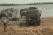 Quân đội Nga lần đầu ráp cầu nổi vượt sông dài hơn 1300m