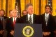 Video: Tổng thống Bill Clinton tuyên bố bình thường hóa quan hệ Mỹ - Việt