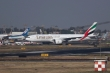 Covid-19 hoành hành, hãng hàng không Emirates cho nhân viên nghỉ 1 tháng không lương
