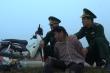 Video: Bộ đội biên phòng vây bắt người phụ nữ vận chuyển ma tuý ở Điện Biên