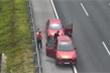 Dừng đỗ nguy hiểm trên cao tốc Hà Nội - Hải Phòng, 2 tài xế bị phạt nặng