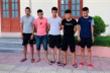 Chủ quán cơm sai đàn em ném vỡ kính xe giường nằm ở Thanh Hóa