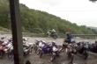 Clip: Lạnh người xem nhóm thanh niên đua xe trái phép trên đèo Hải Vân