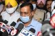 Chính trị gia Ấn Độ bịa ra 'biến thể COVID-19 Singapore' bị kỷ luật