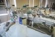 Số ca mắc COVID-19 lên gần 300.000, Nga chờ Mỹ hỗ trợ máy thở