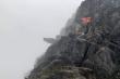 Phượt thủ rơi từ mỏm đá tử thần ở Hà Giang