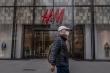 Trung Quốc: Quan chức 'chúc mừng chiến thắng' khi H&M bị mạng xã hội chỉ trích