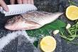 Mẹo tẩy sạch mùi tanh trên tay sau khi chế biến cá