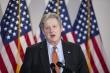 Mỹ thông qua luật ngăn công ty Trung Quốc niêm yết trên sàn chứng khoán