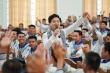 NSƯT Tấn Minh, Á hậu Huyền My tặng sách cho các chiến sĩ hải quân