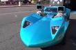 Tốn nửa triệu đôla biến ô tô đồ chơi thành xe hơi thật