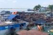Bắt 20 tàu thuyền khai thác cát trái phép trên sông Tiền trong đêm
