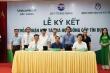 Vietcombank Bắc Giang ủng hộ 300 triệu đồng cho Sở Y tế Bắc Giang chống COVID–19