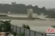 Trung Quốc cho nổ đập để xả lũ