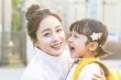 Khán giả tranh cãi khi phim của Kim Tae Hee để bé trai 5 tuổi giả gái