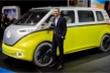 Hãng xe Volkswagen thách thức Apple