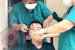 Thương trào nước mắt hình ảnh y bác sĩ Đà Nẵng kiệt sức giữa tâm dịch COVID-19