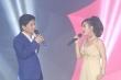 NSƯT Thanh Tâm say đắm bên NSƯT Tấn Minh trong liveshow kỷ niệm 30 năm ca hát