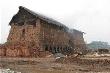 Hà Nội: Ba người chết  do ngộ độc khí lò gạch