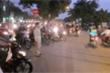 Clip: Kỹ sư làm 'ảo thuật' trị tắc đường Hà Nội