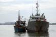 Điều tàu Hải quân ra Hoàng Sa cứu tàu cá bị nạn