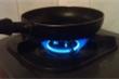 Gas, điện tăng giá chóng mặt: Dùng bếp từ hay bếp gas?