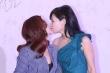 'A Châu' Lưu Đào gây sốc khi khóa môi đồng nghiệp nữ trên thảm đỏ