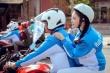 Lý Nhã Kỳ xinh đẹp ngồi mô tô thể thao thu hút sự chú ý
