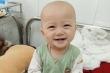Xót thương bé trai 14 tháng tuổi mắc 2 loại ung thư